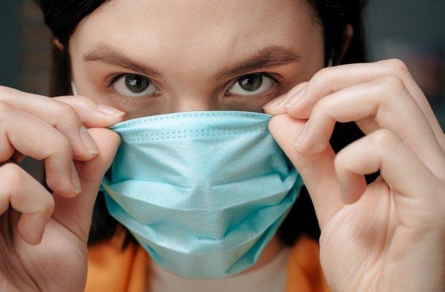 Medicul Tudor Ciuhodaru: Cum folosești și refolosești corect masca de protecție