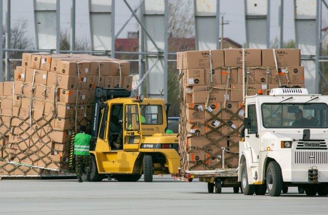 România a trimis 20 de camioane cu medicamente și echipamente de protecție în Republica Moldova