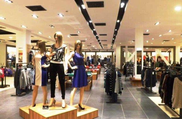 Ne putem întoarce la shopping? Ludovic Orban anunță ce magazine se vor deschide în interiorul mall-urilor