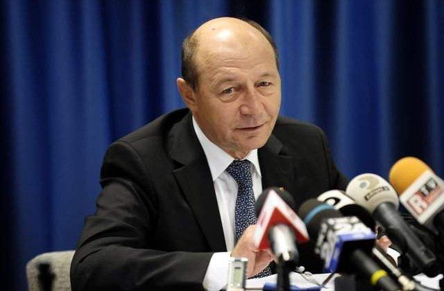 PMP a fost dat în judecată. Partidul lui Băsescu are datorii de 4,6 milioane de lei