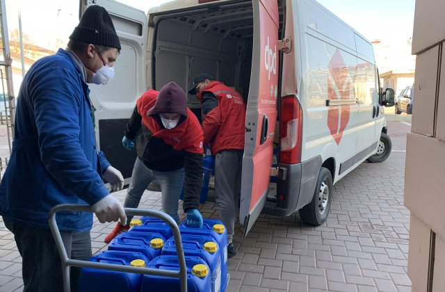 140 de spitale, aprovizionate gratuit cu 7,5 tone de echipamente de protecție de DPD România
