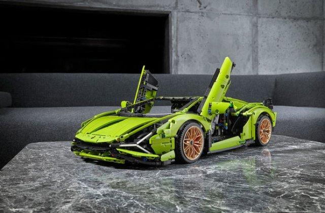 Pentru copilul din tine: Lego a pregătit un Lamborghini Sian din aproape 3.700 de piese
