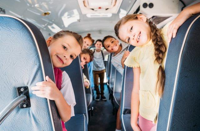 Elevii din România vor beneficia de transport GRATUIT pe tot parcursul anului
