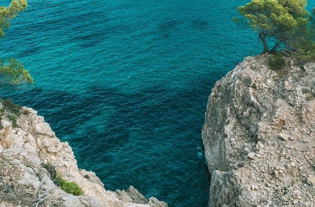 Descoperire macabră in Ibiza: 10 cadavre au fost găsite pe o plajă