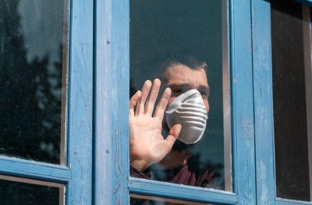 Noi contradicții între autorități: Românii care vin din Grecia și Bulgaria nu scapă de izolare