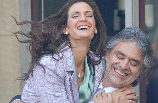 """Andrea Bocelli se abtine de la """"activitati sexuale"""" inainte de concerte"""