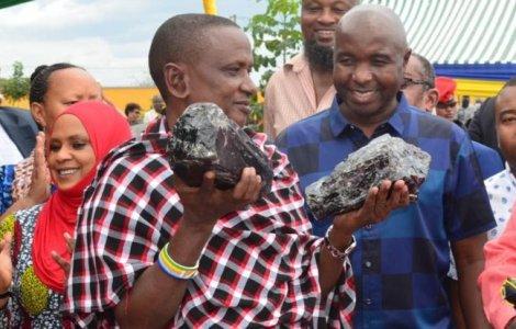 Un miner din Tanzania a devenit milionar peste noapte. Ce rarități...