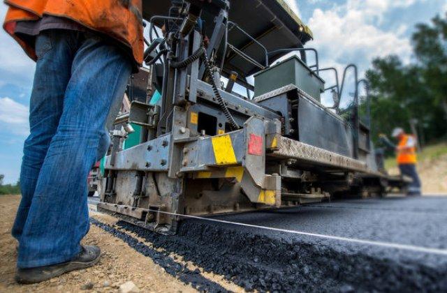 """Autoritățile recunosc că autostrada Sibiu - Pitești nu va fi gata în 2030, dar apar noi promisiuni: """"Vom lucra la 3.000 de kilometri de autostradă"""""""