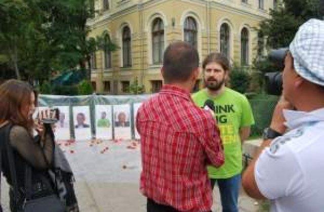 Remus Cernea: Romania va fi libera cand va avea presedinte o lesbiana rroma si atee