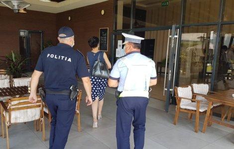 Jandarmii și polițiștii au întrerupt distracția de la terase