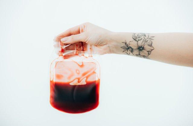 Cât timp și de ce nu ai voie să donezi sânge dacă ai tatuaje