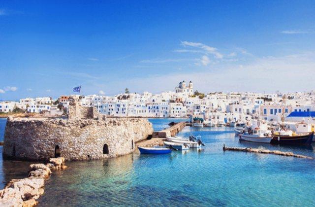 Uită de Santorini! 8 motive pentru care Paros, Grecia, este cea mai frumoasă insulă din Europa