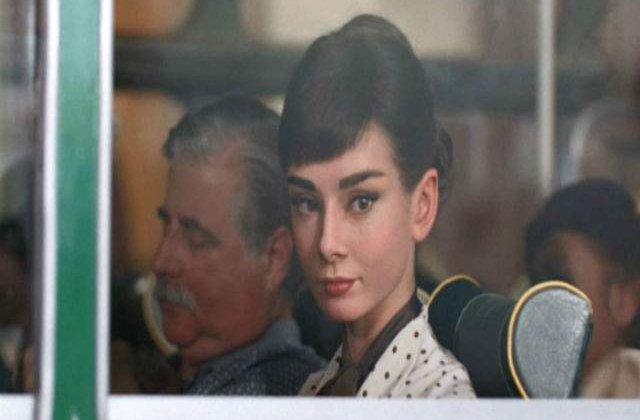 """[VIDEO] Audrey Hepburn, """"readusa"""" publicului intr-o noua reclama la ciocolata"""