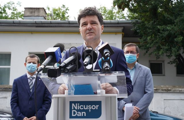 """Nicușor Dan, noi acuzații la adresa Gabrielei Firea: """"Primăria București este în incapacitate de plată"""""""