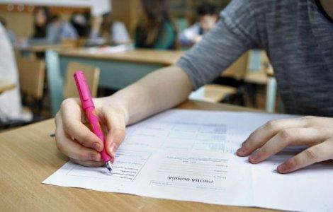 17 elevi din Suceava au fost eliminați din Bac la două săptămâni...