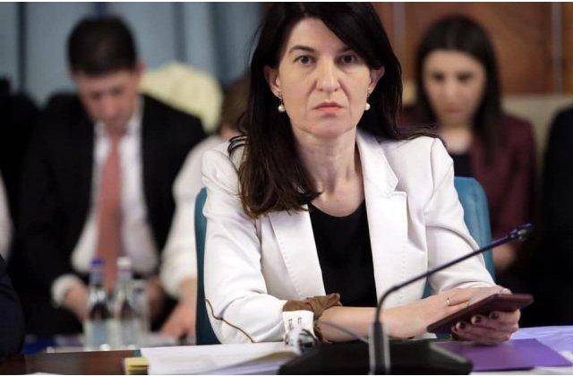 """Violeta Alexandru, despre creșterea alocațiilor și a pensiilor: """"Ciolacu să învețe puțin ce înseamnă bani europeni"""""""