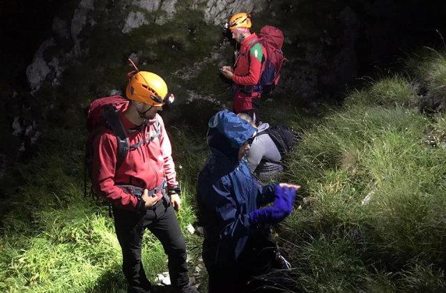 Turiști beți și neechipați, recuperați de salvamontiștii din Argeș de la cota 2.000