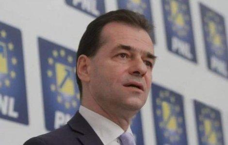 """Orban: """"O firmă a contestat licitația măștilor pentru persoane..."""