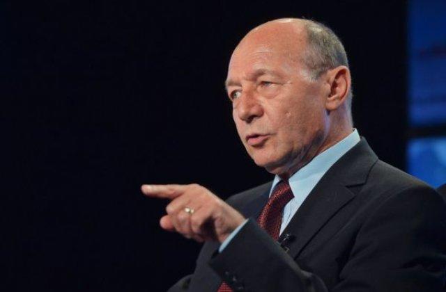 """Băsescu, după ce poliția a participat la priveghiul lui Emi Pian: """"Moartea unui interlop a devenit eveniment național"""""""