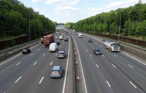 Britanicii vor interzicerea vânzărilor de mașini diesel și pe...