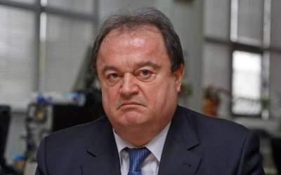 Vasile Blaga îi dă replica...