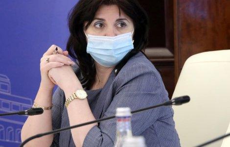 Reacția lui Ponta, după gafa Monicăi Anisie: Faptul că e analfabetă...