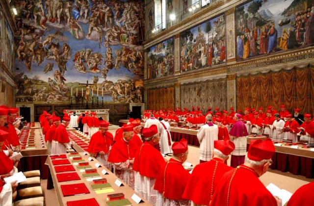Astazi incepe Conclavul pentru alegerea noului Papa
