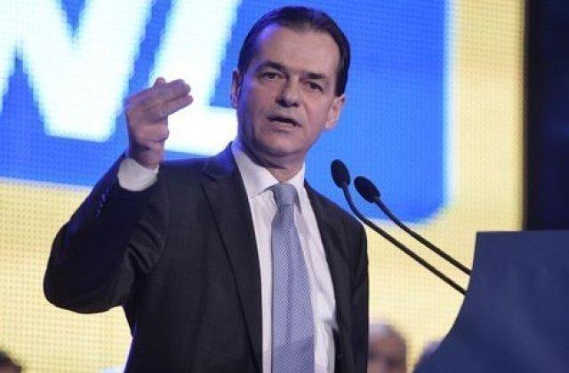Liberalii vor ataca la CCR moțiunea de cenzură a PSD. Anunțul lui Orban