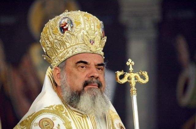 """Patriarhul Daniel: """"Educația este o prioritate, însă în școli trebuie să se respecte regulile sanitare"""""""