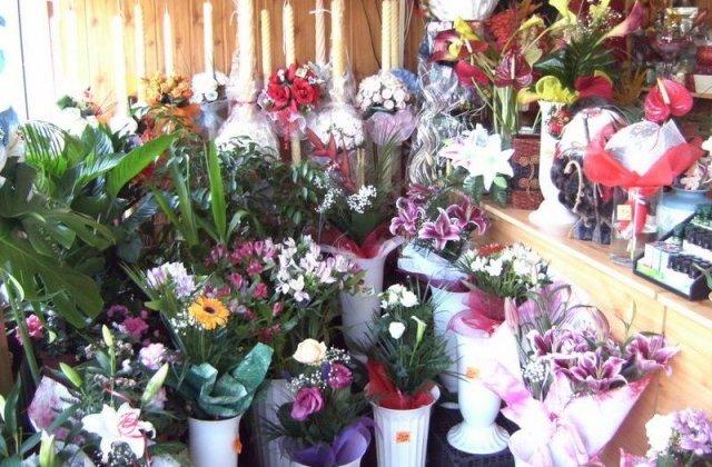 """Prima zi de școală, cu pierderi considerabile pentru florării: """"Florile nu transmit viruși, doar emoții"""""""