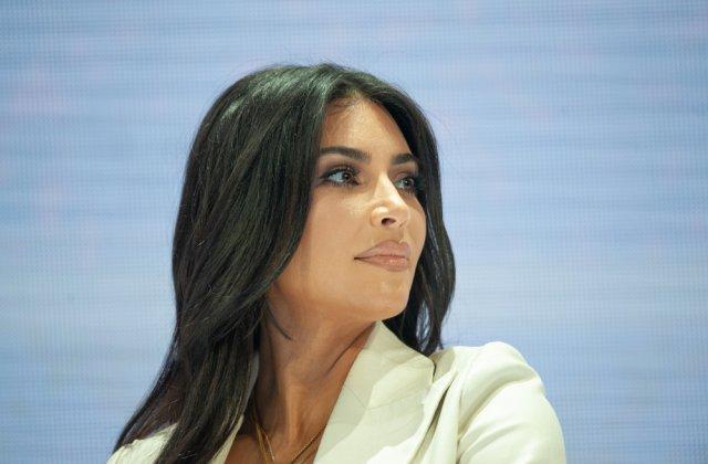 Vedetele își blochează conturile de Facebook! Kim Kardashian și Leonardo DiCaprio s-au alăturat protestului
