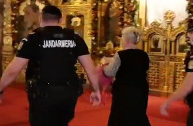 """VIDEO Scandal la Catedrala din Timișoara: """"Voi aveți pe diavolul, luați droguri și faceți sex"""""""
