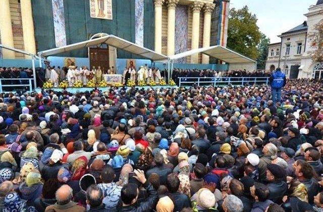 Sărbătorile Iașiului, fără concerte și festivaluri. Pelerinajul de sf. Parascheva se va desfășura în condiții stricte