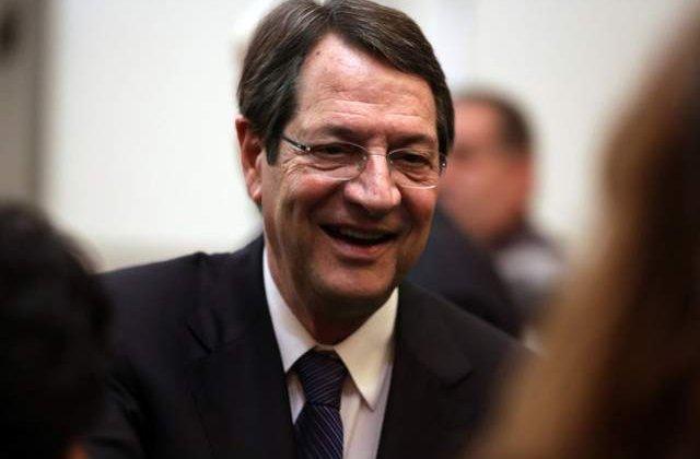 Cipru nu are intentia sa plece din zona euro