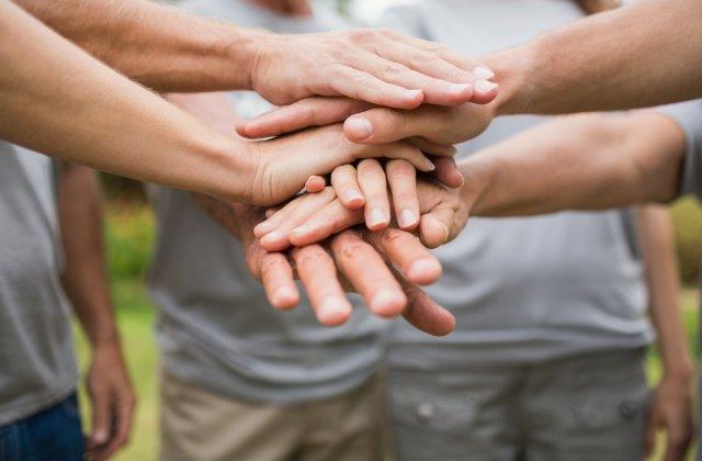 Voluntariatul și beneficiile sale surprinzătoare
