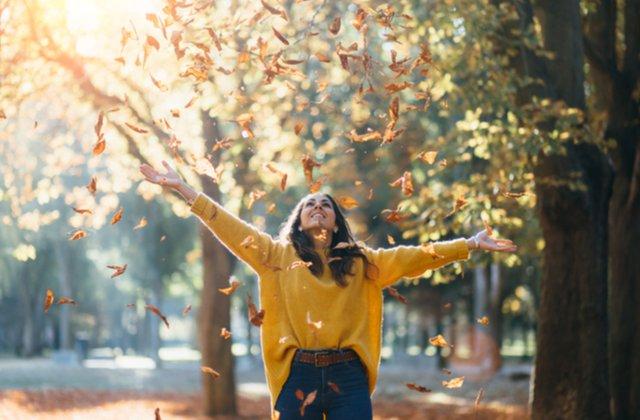 Cum să te încălzești mai ușor și să te bucuri din plin de vremea din timpul toamnei