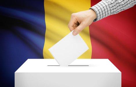 Peste 18 milioane de alegători sunt aşteptaţi duminică la urne