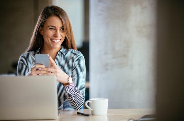 Cum creezi un mediu de lucru confortabil pentru angajați: 4 factori esențiali