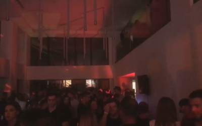 VIDEO Peste 300 de persoane...