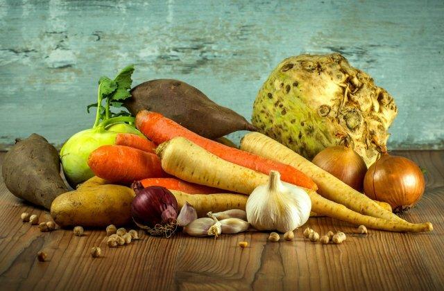 Consumate în exces, îți pot afecta sănătatea: 8 alimente de care NU trebuie să faci abuz