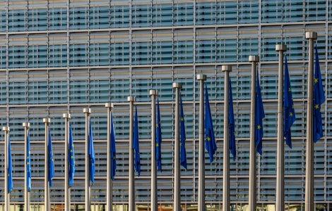 Directivă europeană: Statele membre trebuie să anunţe Comisia cu...