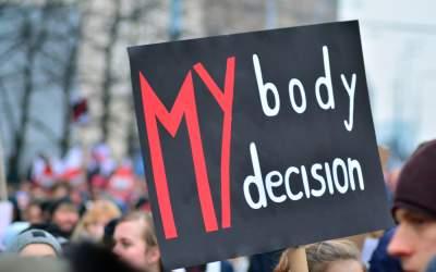 Drepturile femeilor sunt...