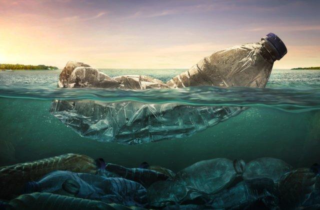 Aproximativ 230.000 de tone de deşeuri din plastic sunt deversate anual în Marea Mediterană