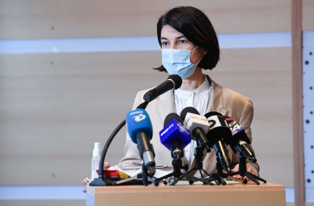 Violeta Alexandru: Au fost aprobate 1,2 milioane lei pentru arhivele a 24 de case de pensii