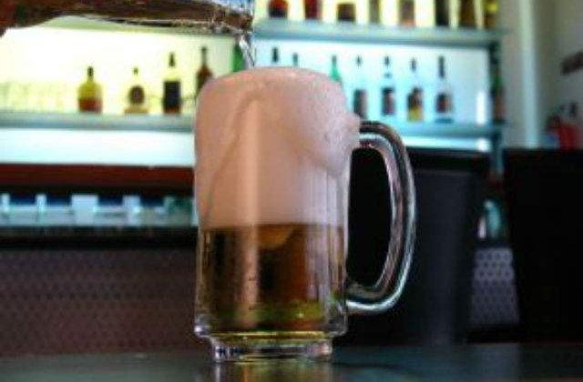 Vanzarile de bere ale Heineken in Romania au stagnat in primul trimestru