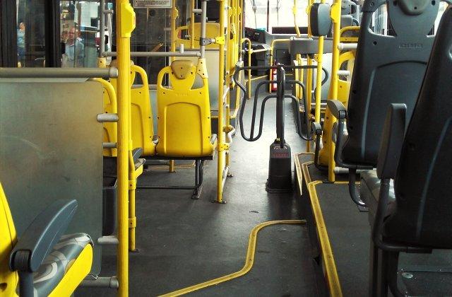 Transportul în comun din Capitală, dezinfectat zilnic pentru a împiedica răspândirea virusului