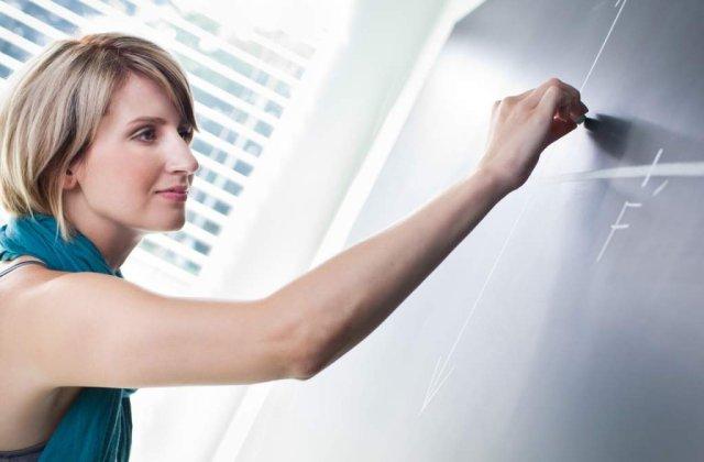 Codul Etic pentru educatie: Profesorii nu vor putea face meditatii cu propriii elevi