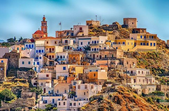 Grecia impune din nou carantina la nivelul țării. Se va ieși din casă doar cu autorizație