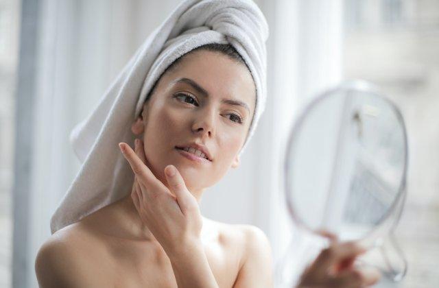 3 beneficii ale acidului hialuronic asupra pielii tale