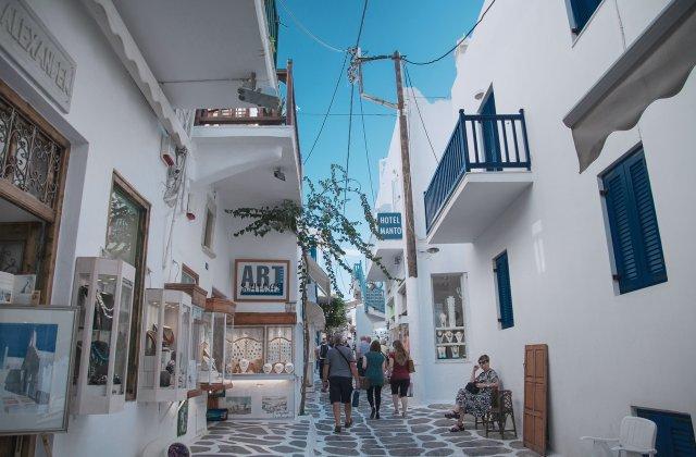 Grecia introduce noi măsuri de intrare în țară. Care sunt acestea